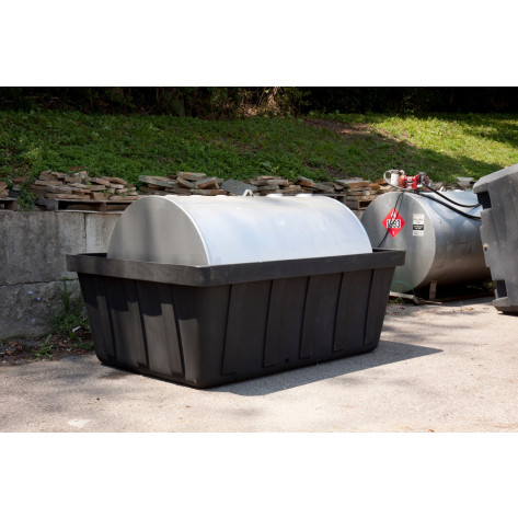 635 Gal Black 550 Gal Tank Spill Containment Unit w/Drain