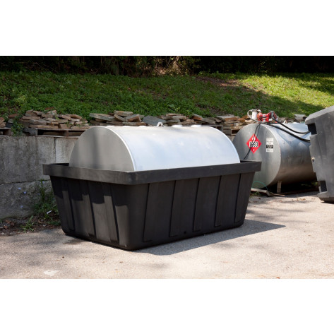 635 Gal Black 550 Gal Tank Spill Containment Unit-No Drain