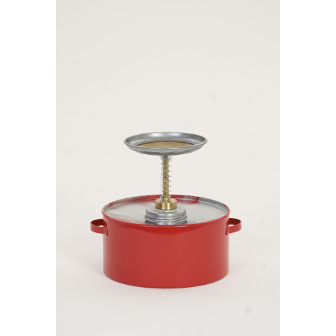 2 Qt. Metal - Red